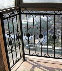 铁艺栏杆相关知识及安装方式介绍
