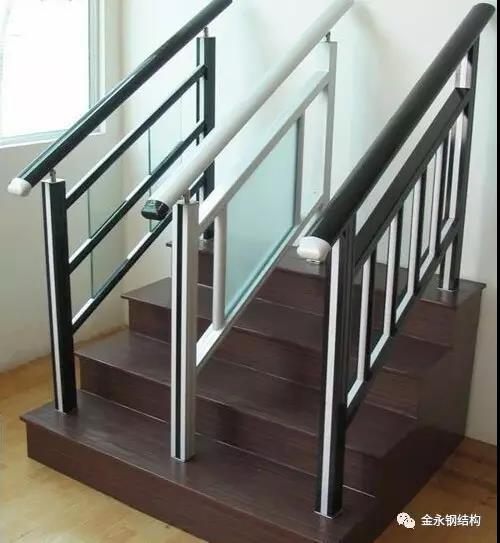 家装楼梯栏杆