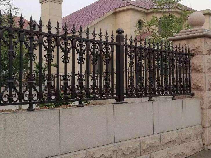 小区围墙栏杆